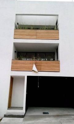 Casa En Venta En Condominio En Zona Esmeralda