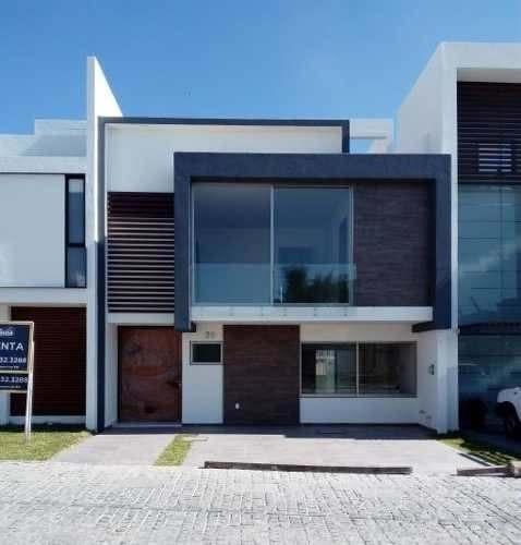 Oportunidad De Casa En Exclusivo Coto Lago Norte En Solares