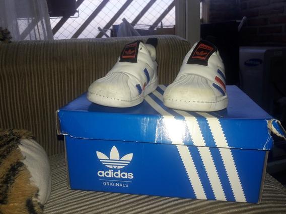 Zapatillas adidas Niño Superstar Blanca.