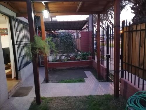 Imagen 1 de 19 de Casa En Venta En Maipú