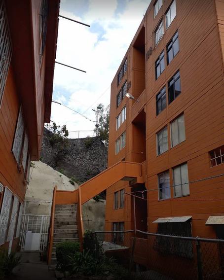 Departamento Cerca De Santa Fe Oportunidad Unica, En Remate!