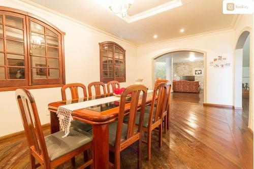 Imagem 1 de 15 de Aluguel De Casa Com 400m² E 5 Quartos  - 3648