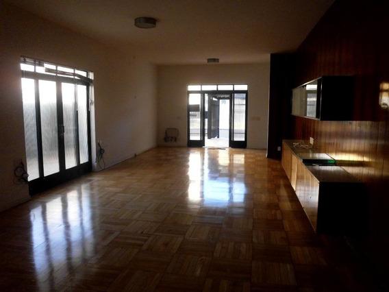 Casa Em Centro, Araçatuba/sp De 300m² 2 Quartos Para Locação R$ 5.000,00/mes - Ca150161