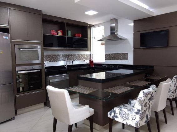 Sobrado Com 3 Dormitórios À Venda, 260 M² Por R$ 780.000,00 - Jardim Las Vegas - Santo André/sp - So0003