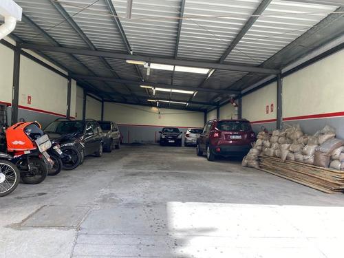 Parking En Ciudad Vieja Reciclado