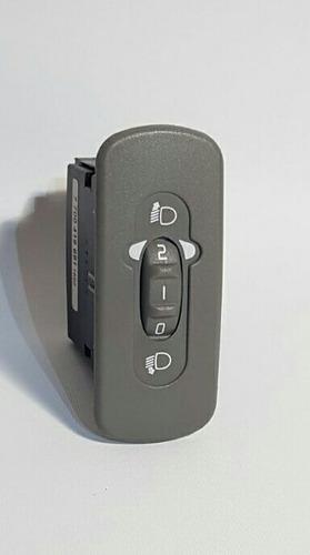 Imagen 1 de 3 de Regulador De Graduación  Luz  Renault Twingo Original