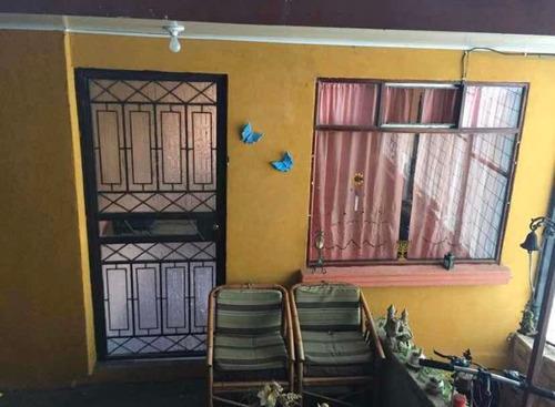 Imagen 1 de 6 de Se Alquilan 2 Casas Grandes En Block 7147-9340