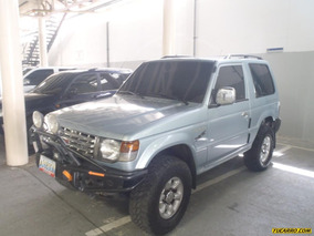 Mitsubishi Montero Rustico