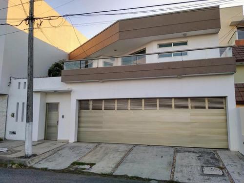 Imagen 1 de 12 de Casa Sola En Renta Costa De Oro
