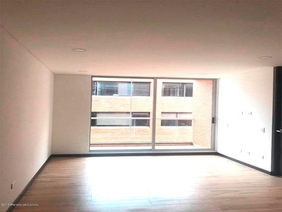 Se Arrienda Apartamento En Chico Navarra Mls 20-331 Fr