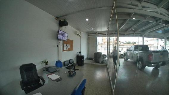 Comercial En Venta Barquisimeto Este Flex N° 20-2672, Sp