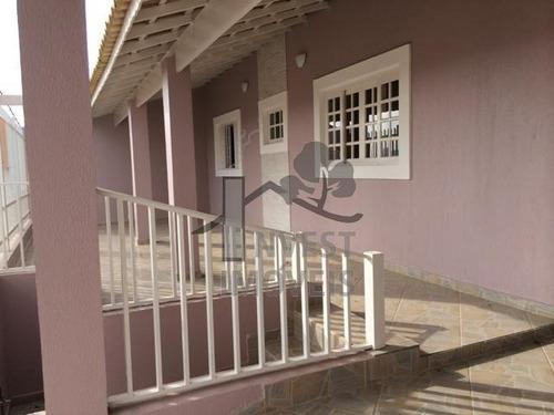 Cód 818 - Ótima Casa Em Bairro Residencial. - 818