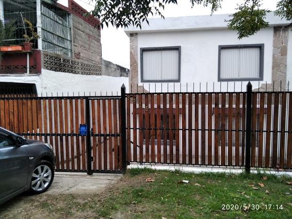 Alquiler,2dorm,2baños,gararage,livings,comedor,cocina,patio,