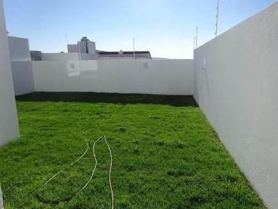 Residencia En Real De Juriquilla, Gran Jardín, Sótano, 4 Rec