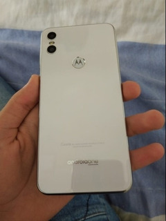 Motorola One 64 Gb E 4gb De Ram (com Nota Fiscal)