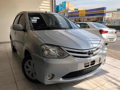 Toyota Etios 1.3 2013 Flex // Osasco