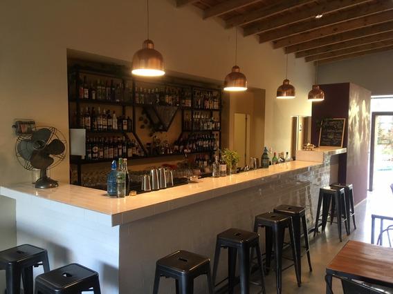 Local Gastronomico En La Plata. Construccion Nueva.