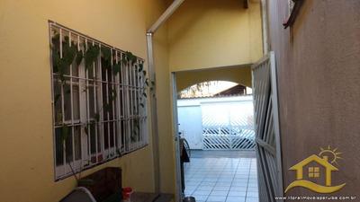 Casa No Bairro Cidade Nova Peruibe Em Peruíbe - Lcc-2140