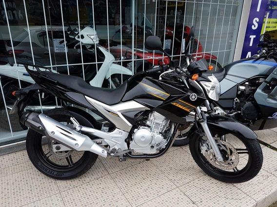 Yamaha Fazer 250 2011, Apenas 19.000km, Aceito Troca, Cartão