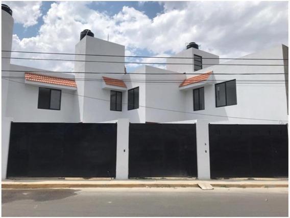 Casa Sola En Venta Átras De Cruz Del Sur, San Pedro Cholula