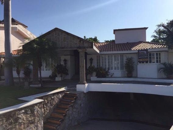 Hermosa Casa En Venta Fracc. El Cid