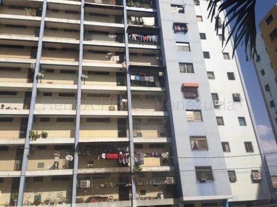 Apartamento En Venta Oeste Barquisimeto 21-6346 Mf