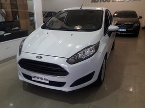 Ford Fiesta Kinetic Design 1.6 S 2014