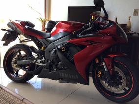 Yamaha R1 1000cc