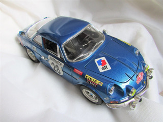 Renault Alpine A110 - Bburago - 1/16