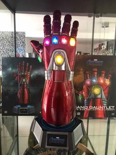 Hot Toys Nano Gauntlet Life Size. Ironman Endgame Escala 1/1