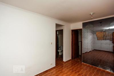 Apartamento No 1º Andar Com 1 Dormitório - Id: 892935194 - 235194