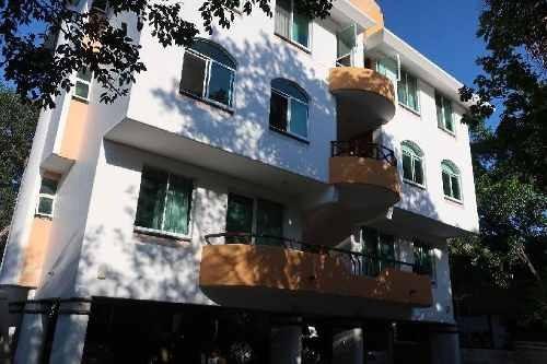 Edificio Y Casa En Venta En Playa Del Carmen