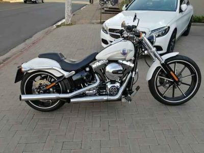 Harley Davidson Softail Breakout Custom - 2016