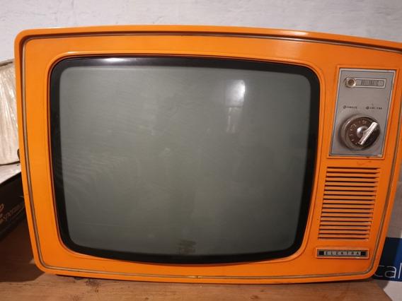 Televisor Vintage Funcionando