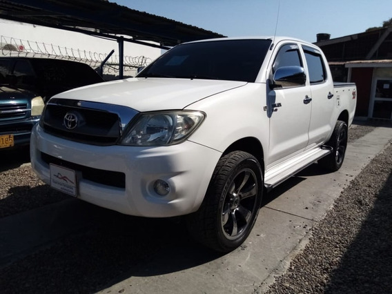 Toyota Hilux 4x4 Diesel Mec 2011