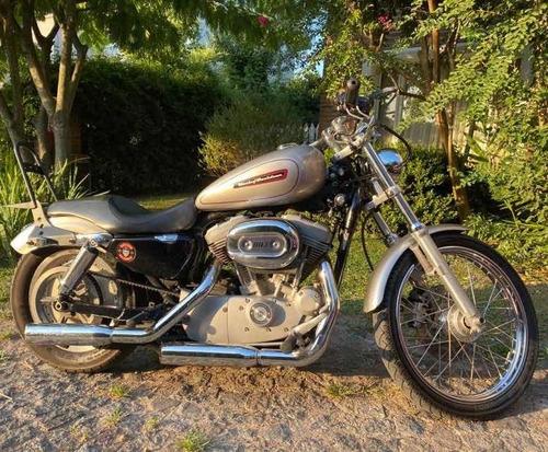 Harley Davidson Sportster Custom 883