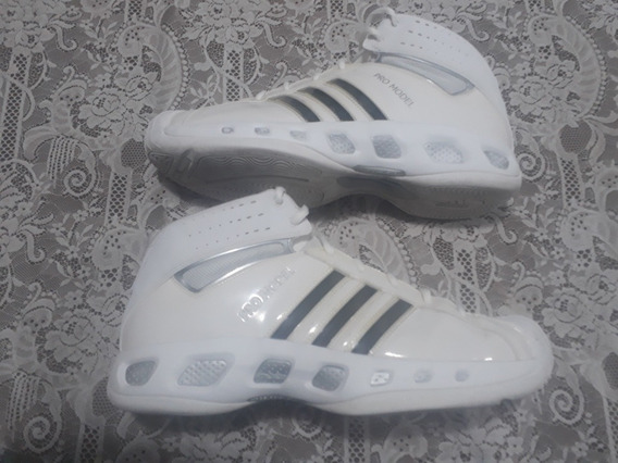 Tênis adidas Pro Model Adiprene