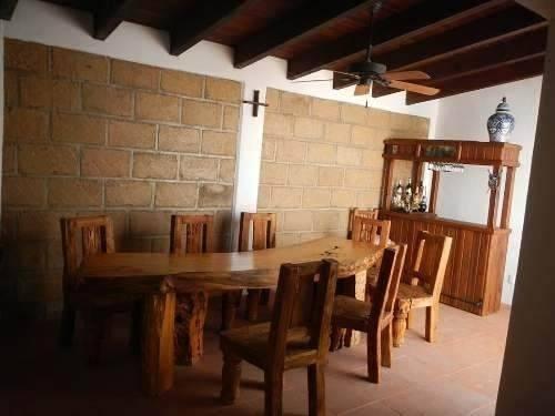 Hermosa Casa En Sonterra, Estudio, Jardín, 2 Recámaras, 2.5 Baños, Cto Serv..