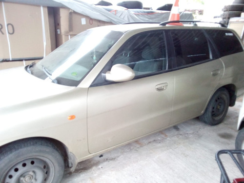 Camioneta Daewoo Nubira Wagon 1.6 (4 Puertas) Año 2000