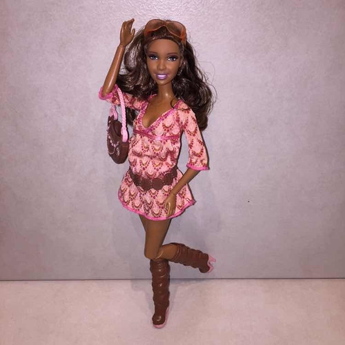 Muñeca Barbie Artsy Fashionistas First Wave 2010 Usada