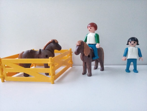 Muñecos Playmobil Niños Con Caballos