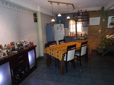 Excelente Duplex De 3 Amb Con Cochera Cubierta Y 2 Baños