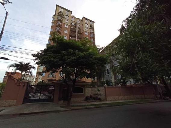 Hermoso Pent House En Venta En La Arboleda