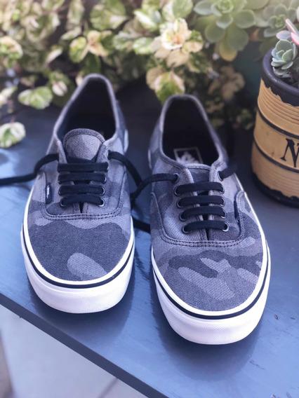 Zapatillas Vans. Mod. Authentic Camufladas. Impecables