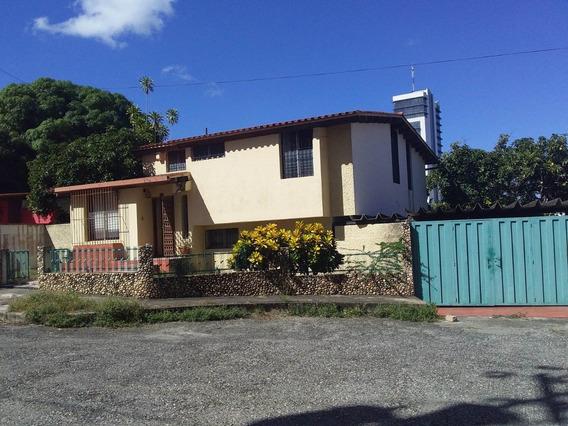 Rentahouselara Vende Casa El Pedregal Este Barquisimeto