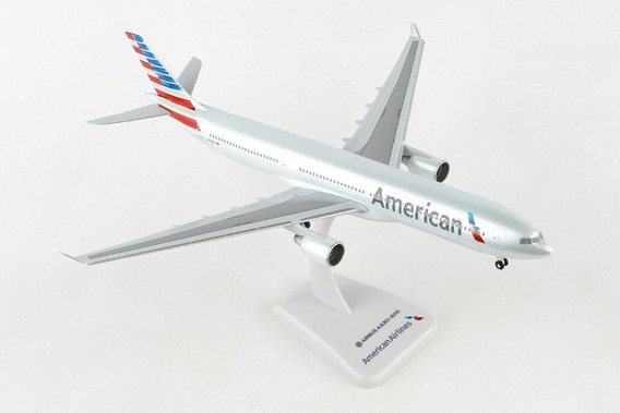 Miniatura American Airlines A330-300 Hogan Wings 1:200