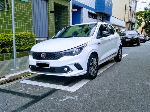 Fiat Argo Motor 1.8 2018 Branco 5 Portas