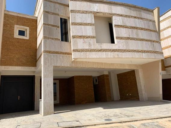 Townhouse En Venta Terrazas Del Country 360m2