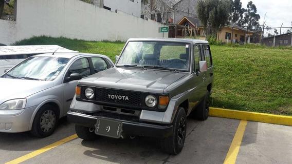 Toyota Land Cruiser 4*4