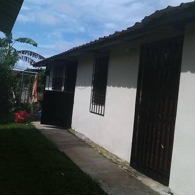 Apartamento Baño, Cocina, Dos Cuartos, Incluye Agua Y Luz